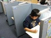 自習室はいつでも自由に利用できます。わからないところは先生に質問しよう!