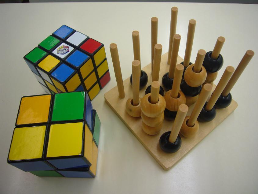 教具を使ったパズルもたくさん。今日は何をやろうかな?