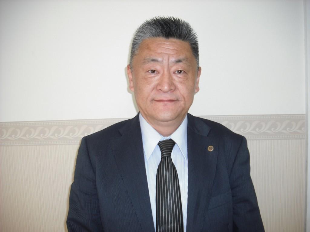 室長・国語担当 山﨑