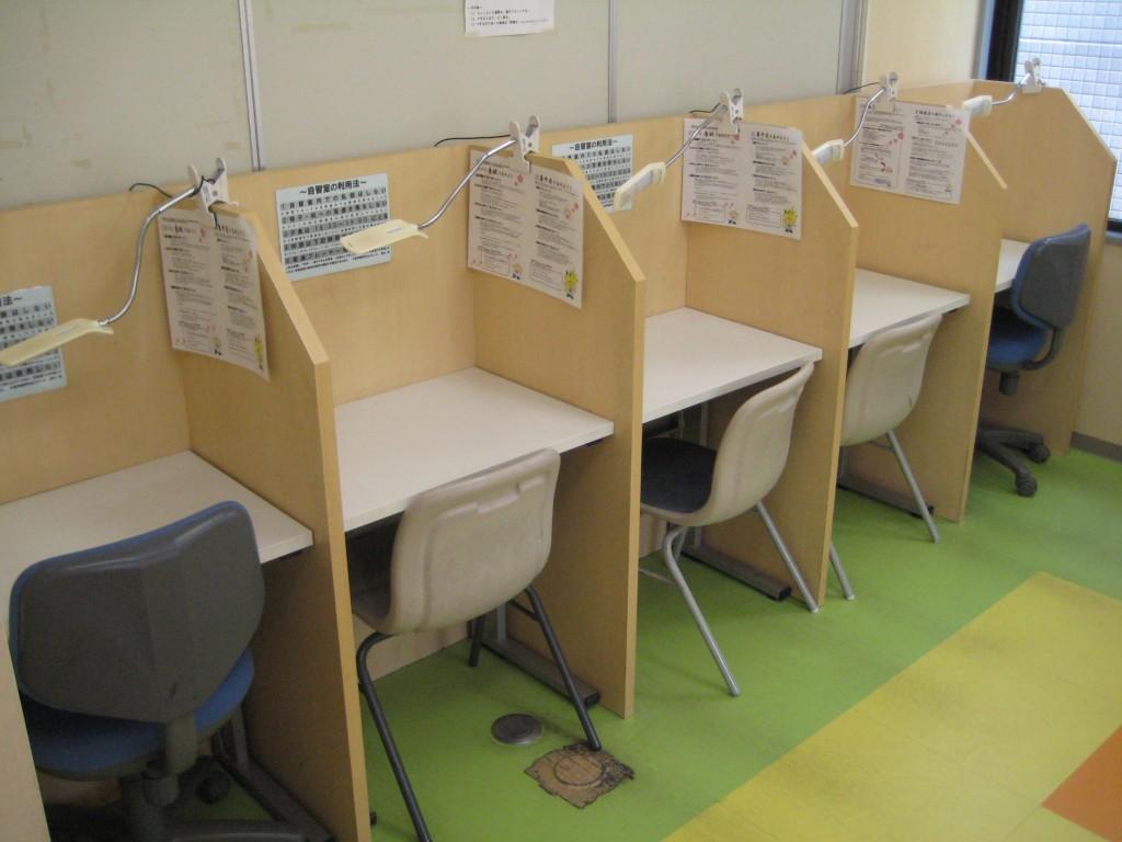 3Fには自習室も完備!より集中して勉強に取り組める環境です。(全15席)